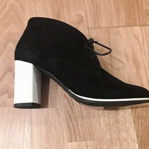 BNWT black suede bootie with white heel